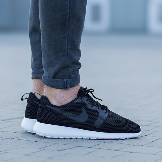 Nike Roshe One Hyperfuse Black