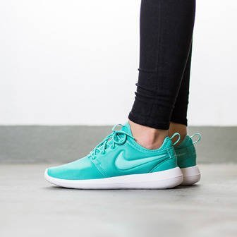Damen Schuhe sneakers Nike Roshe Two 844931 301