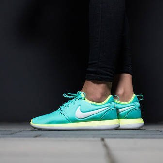 Damen Schuhe sneakers Nike Roshe Two (GS) 844655 300