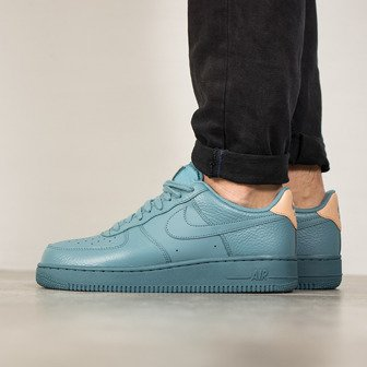 Herren Schuhe sneakers Nike Air Force 1 07 LV8 718152 017
