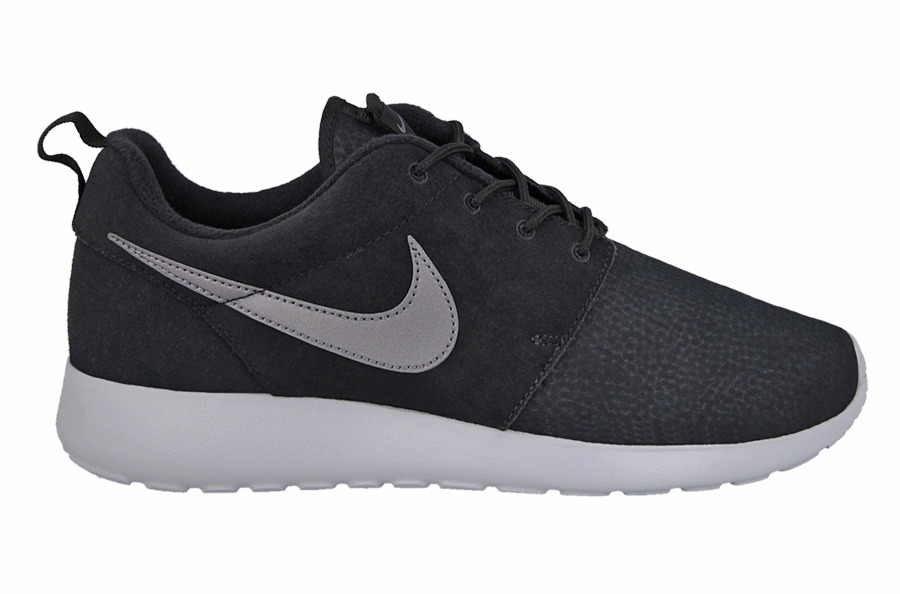 Roshe One Suede