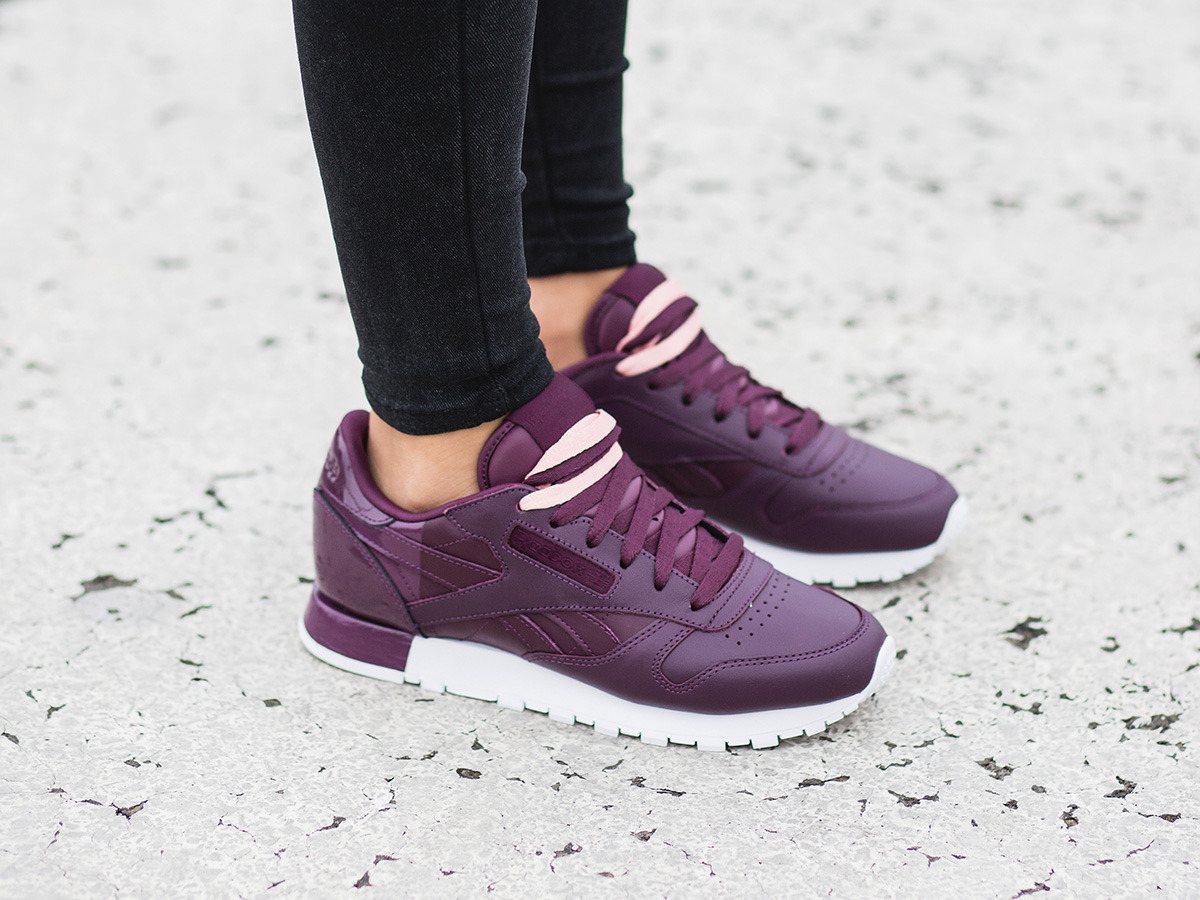 Reebok Women S Cl Lthr Face Fashion Sneaker