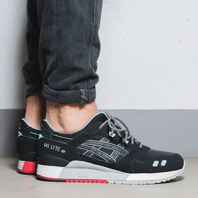 herren schuhe sneakers asics gel lyte iii future pack h637y 9090 preis online shop. Black Bedroom Furniture Sets. Home Design Ideas