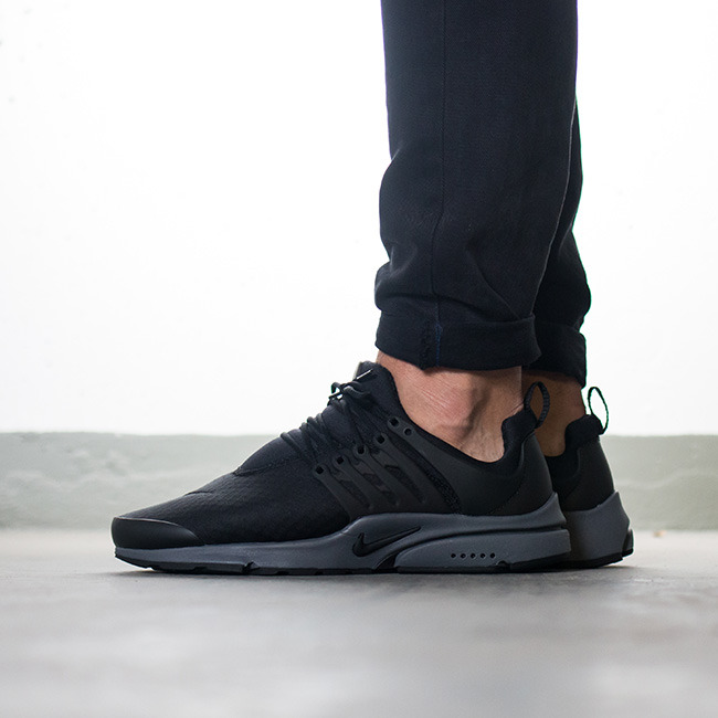 Nike Air Presto Essential Schwarz