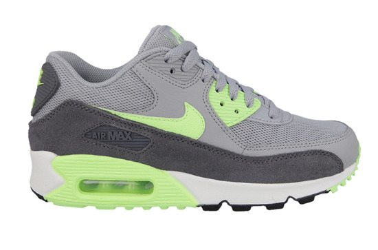 DAMEN SCHUHE SNEAKERS Nike Air Max 90 Essential 616730 022
