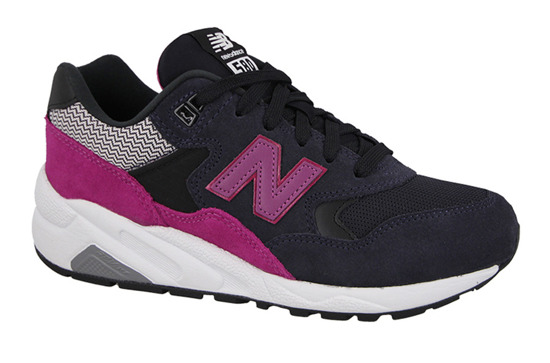 Damen Schuhe sneakers New Balance WRT580KG