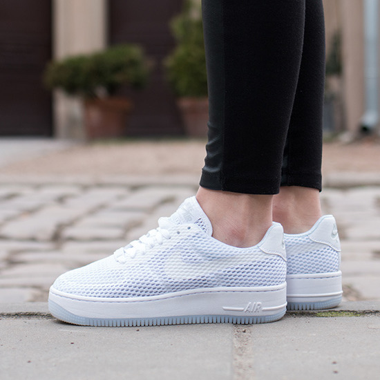 Damen Schuhe sneakers Nike Air Force1 Low Upstep Breeze Pack 833123 100
