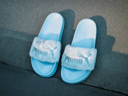"Damen Flipflops Puma x Fenty Rihanna Fur Slide ""Cool Blue"" 365772 03"