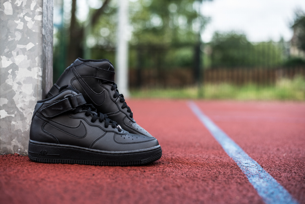 nike air force 1 07 gs