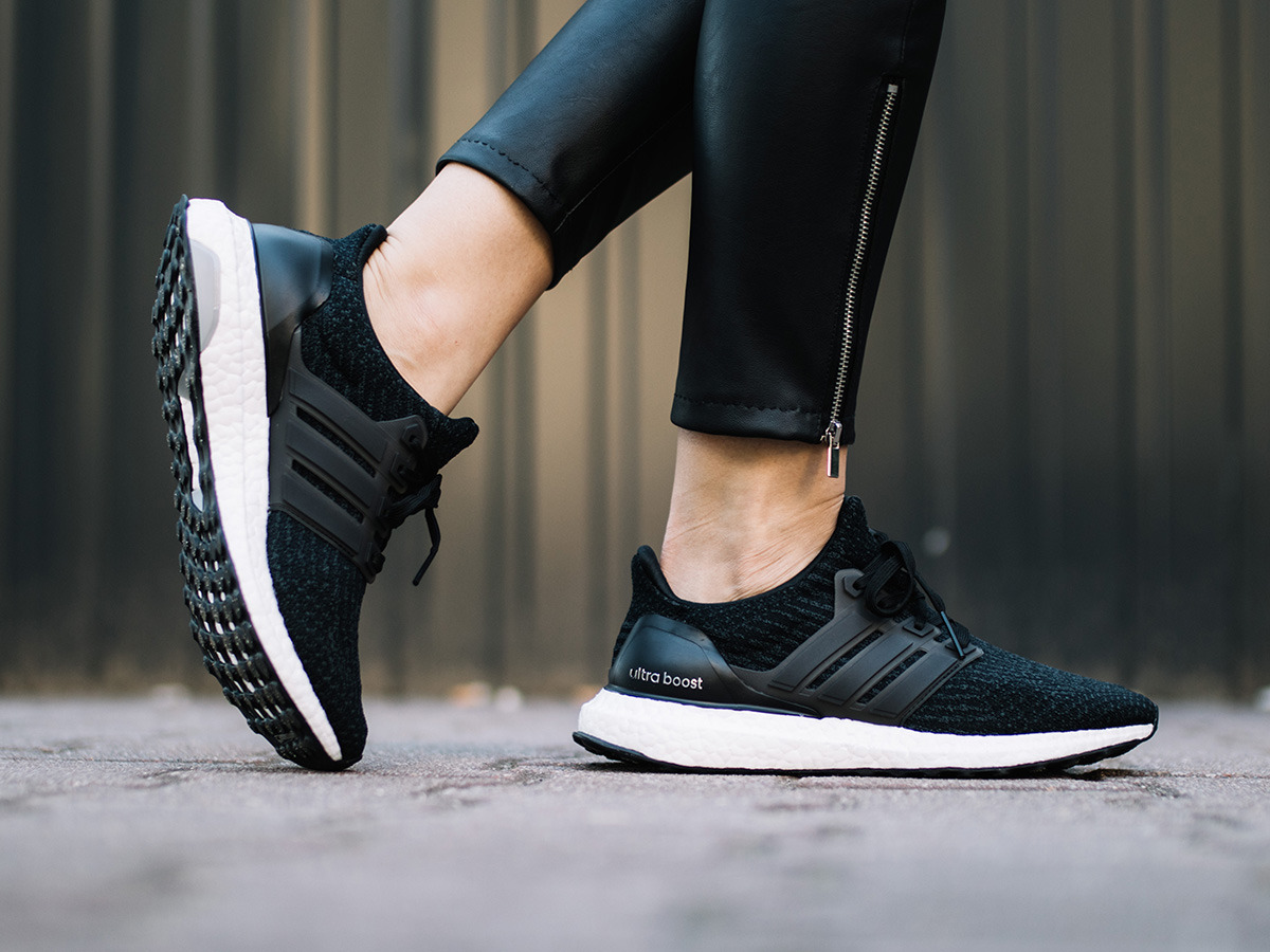 adidas ultra boost black damen