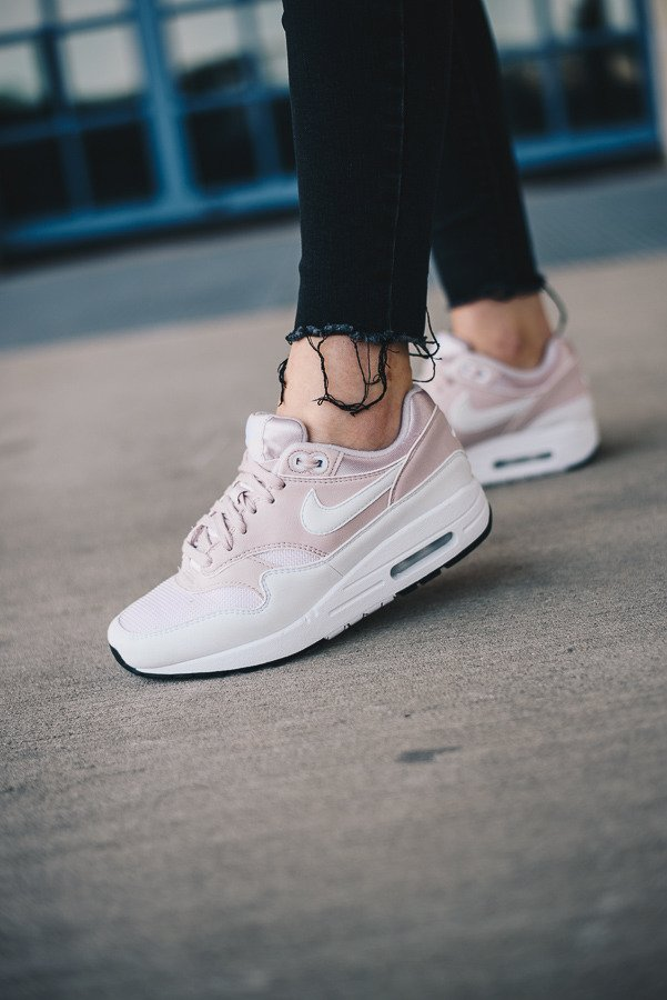 best sneakers 10a30 018d0 nike air max 1 rosa damen 319986