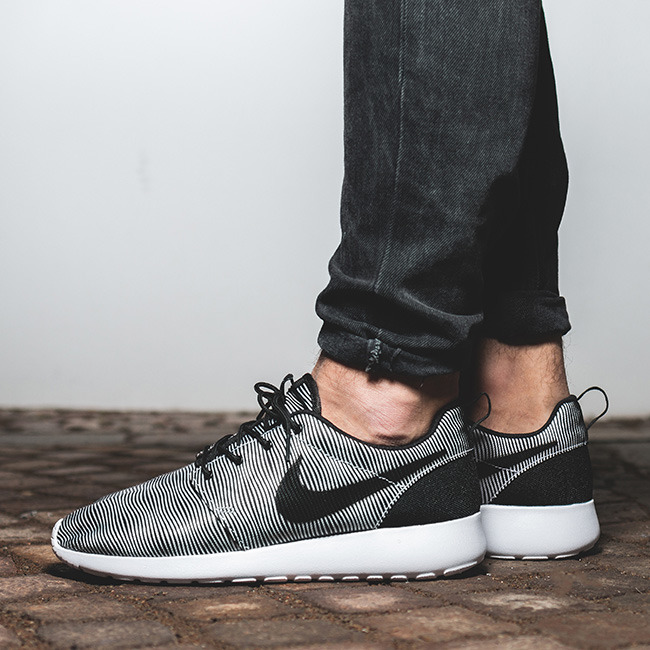 Nike Roshe One Premium Plus