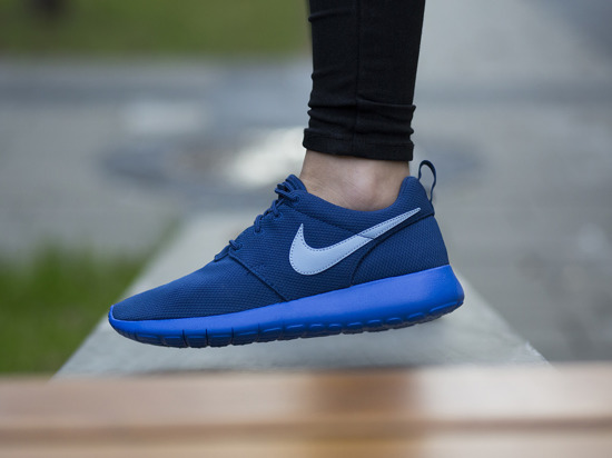 Damen Schuhe sneakers Nike Roshe One 599728 419