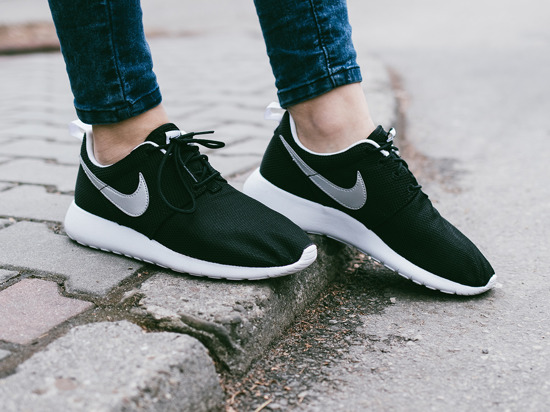Nike Roshe One (GS) 599728 021