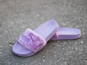 "Damen Flipflops Puma x Fenty Rihanna Fur Slide ""Orchid Bloom"" 365772 02"
